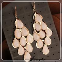 New Elegant Crystal Dangle earrings Gold Peacock earrings Long drop earrings for women High quality