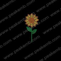 Free Shipping 50Pcs/Lot Sunflower Hot Fix Motif Iron-On Rhinestone Wholesale Bling Transfer China Supplier