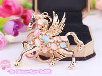 The new Pegasus Keychain  Resin crystal horse key ring  Female bag pendant  Male car keychain