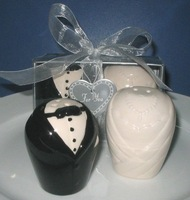 best wedding favor Bride and Groom Salt and Pepper Shakers gift  bridal shower favor supplies guest souvenirs FreeShipping 50set