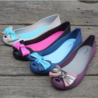 Summer New Sweet Bow Crystal Jelly Peep Toe Flat Shoes Fashion Women Casual Beach Open Toe Plastic Sandals Sapatos Femininos