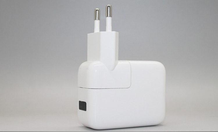 3pcs/lots Dual USB Ports US/EU Plug Home Travel Wall AC Power Charger Adapter For Samsung/iphone 4 5S 5C ipad 2/3-Free shipping(China (Mainland))