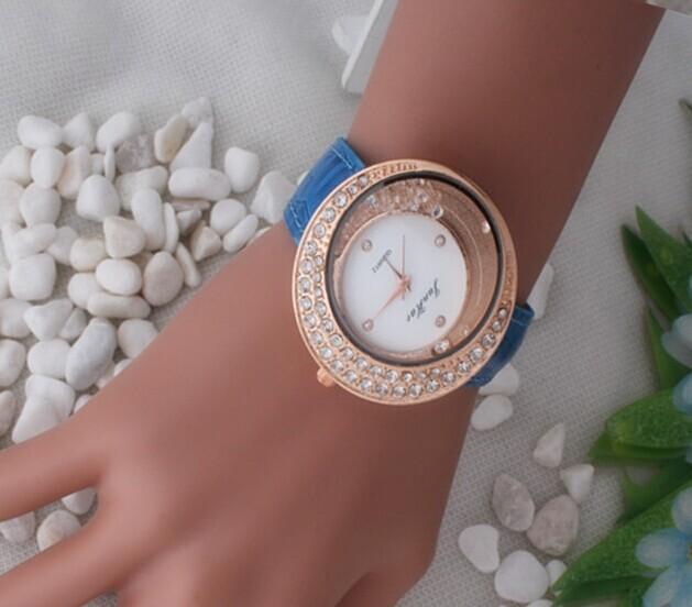 Free Shipping A Rhinestone Women Watch Computer, Classic Fashion Women Dress Watch, Quartz Watch(China (Mainland))