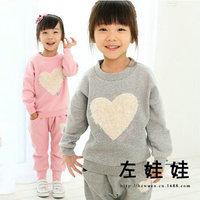 new 2013 winter Hitz Korean version of love plus thick velvet sport suit children clothing sets