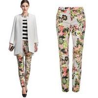 2014 New arrivals Ladies' floral Printed pants elegant slim fit trousers casual Pencil pants pocket brand designer pants