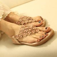 2014 So fashion womens sandals bohemia style women's shoes flip beaded flower flat flip-flop heel free shippng