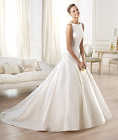 Plain Sabrina-style bodice with a bateau neckline and square armholes at the back women wedding dress