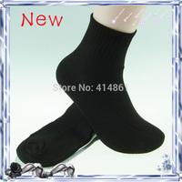 2014 new Men's Socks HOT Sock Long Sport Cotton Blend Elastic Sport Socks For Football Basketball (40 pieces = 20 pairs)