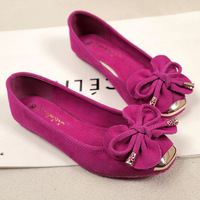 2014 new Female flowers leather bow shoes Peas shoes singles shoes big yards