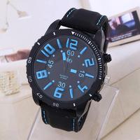 Watches Men Luxury Brand QF New Fashion men Quartz Watch Silicone Wristwatch Silicone Relojes de Marca man Sports watch