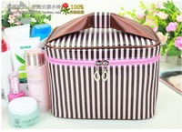 Free shipping  Authentic folding large capacity makeup box//lovely cosmetic bag for woman
