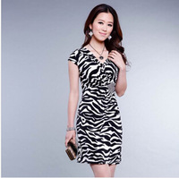 2014 New Arrival Summer Vintage Print Dresses, Fashion Slim Dress with Sexy V-collar