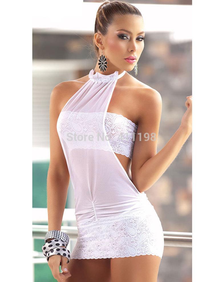 фото девушки в прозрачных платьях на крещатнике