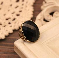 Wholesale Fashion Vintage Rings Round Unique Antique Big Black Bronze Vampire Rings R-021-Big black