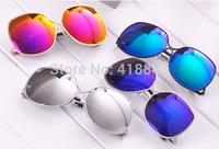 Victoria Beckham sunglasses curved legs VB woman presents new style anti-wear sunglasses