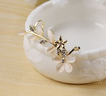 Free Shipping Dream Girl Ear Cuff Flower Ear Cuff with Rhinstone Ear Clip(China (Mainland))