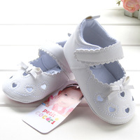 Fashion New 2014 Baby Girl Sandals PU Leather First Walker White Heart Bowtie Top Quality Soft Sole Antiskip Footwear Baby Shoes