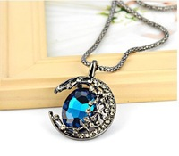 New Fashion Magic Moon Vintage Jewelry Elegant Hollow Necklace Pendant Women Jewelry Best Gift