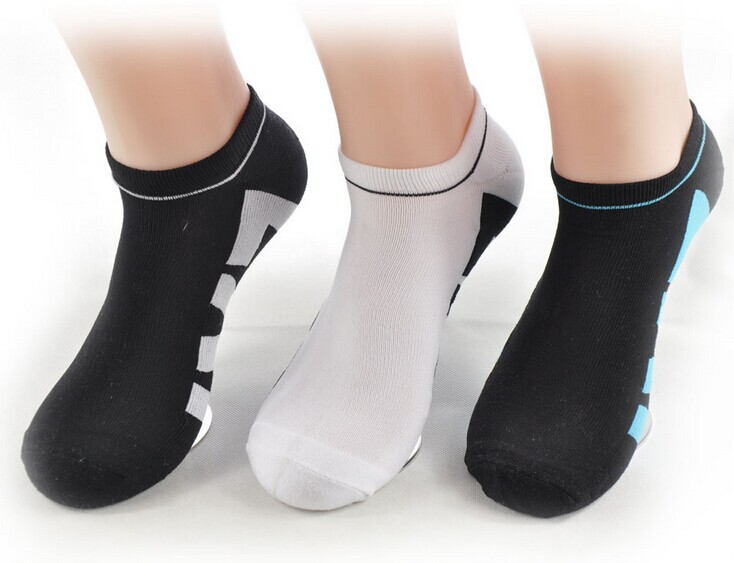 Hot Sale New 2014 Summer Men's ankle Socks Thin Cotton Sports Socks(China (Mainland))