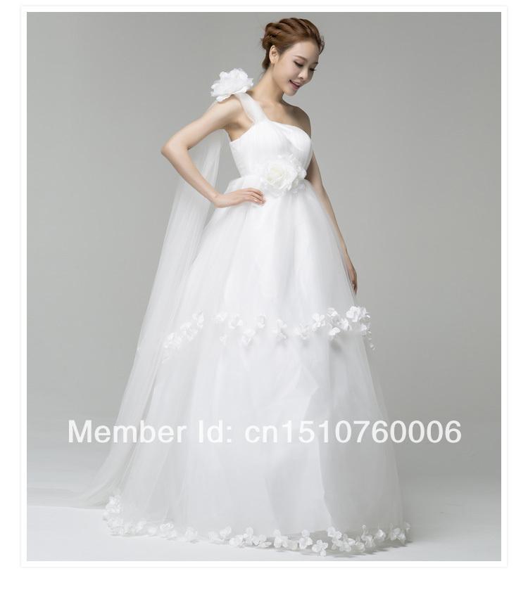 Free shippingHigh quality Real Sample Hot sale 2015 stylish shoulder straps flowers Korean church wedding dress bridal factory w(China (Mainland))