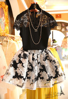 Free shipping 2014 hot sale fashion women clothing set, skirt suits, Hollow flower lace blouse+organza floral print skirts