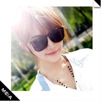 Free Shipping 2014 New Woman's Retro Big Black Square Framed Glasses Summer Fashion Sunglasses #B-28