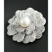 Natural freshwater pearl brooch Pins CZ Rhinestone camellia Fine Elegant jewelry Gift 18K Gold Plated