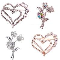 2104 Fashion Popular Heart Rose  Brooch Style Brooch Inlay Rhinestone Pin Wedding Gift
