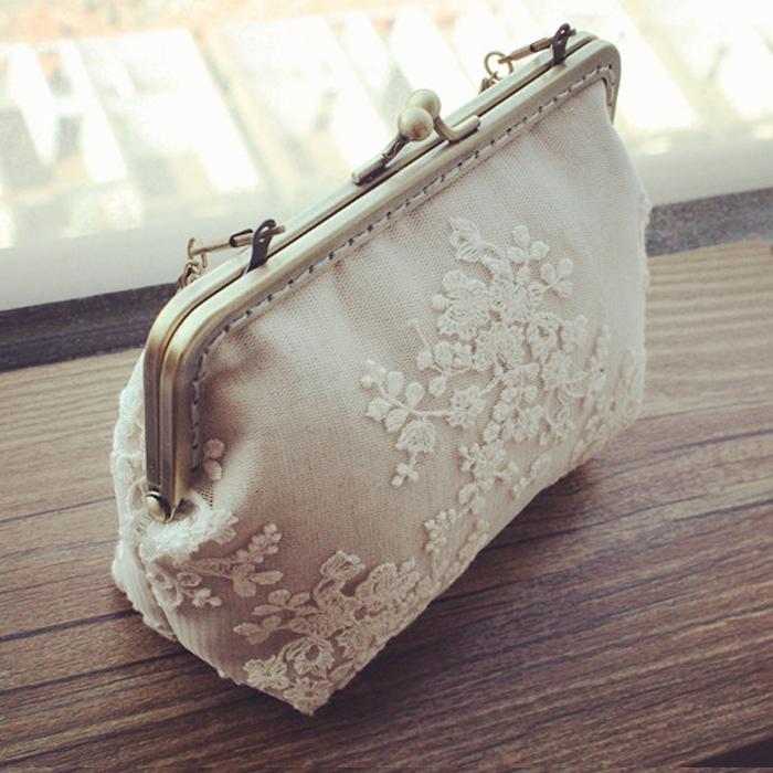 2014 cloth material handmade diy kit lace female tote bag metal frame handbag needlework(China (Mainland))