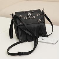 2014 woman handbag casual tassel bag black skull bag punk rivet bolsa vintage small shoulder bag fashion designers evening bag