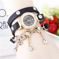 Hot Sale Fashion Wholesale Market New Special Love Key Pendant Decorated Woman Leather Bracelet Quartz Watch