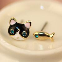 Retro Vintage Asymmetric Animals Kitten Fish Earrings Women's Stud Earrings  R-106
