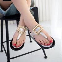 Summer woman pearl beaded&rhinestone side buckle flat flip-flop,sweet girl sandals,women flip shoes,retail female sexy slipper