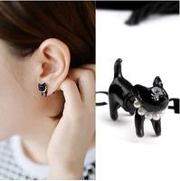 Retro Cute Three-dimensional Animal Kitty Pearl Women's Stud Earrings Single Piercing R-116