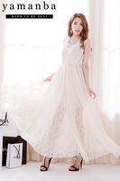2B218023 # Korean version of the long version of beige lace chiffon dress