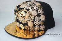 Aliexpress Muse Online wholesale punker giant skull snapback hip hop RIVET Snapback in korean style with 5  colors
