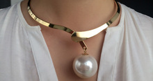 Artilady Hot Sale Big Pearl Choker Necklace Romantic 18K Gold Women Collar Necklace Women Jewelry