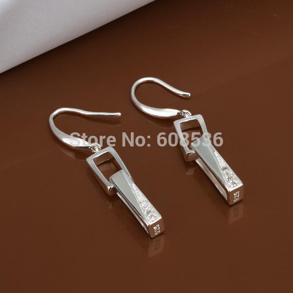 Гаджет  Free Shipping Wholesale fashion jewelry Earrings ,925 Sterling silver Earrings .  QE440 None Ювелирные изделия и часы