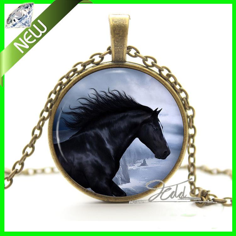 Black Animal Horse Necklace Pendant - Pegasus The Flying Horse Of Greek Mythology Glass Gem Cabochon Photo Pendant Necklace(China (Mainland))