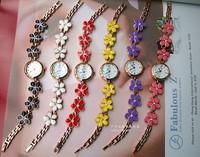 Various color Daisy bracelet wrist watches Quartz watch in metal GS-F064