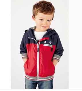 Retail Children spring autumn coat boys Dust coat kids jackets with cap Children outwear brand new(China (Mainland))