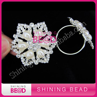 flower pearl rhinestone napkin ring for wedding table decor,free shipping,hot sale crystal napkin ring with pearl