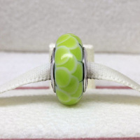 PGS005 High-quality European Green Lotus Murano glass bead/charm, made of 925 silver, screw thread design inside