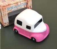 free shippingSmall ice cream creative gift mini portable car vacuum cleaner dust Desktop Desktop sweep