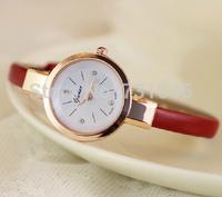 Elegant Women Quartz Dress Watches Small Leather Strap Alloy Case Rhinestone Scale Analog Display Fashion Casual Wristwatches WF