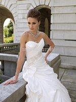 Vestido De Novia Luxurious Satin A-line Garden Wedding Dress with Strapless Sweetheart Pleated Bodice