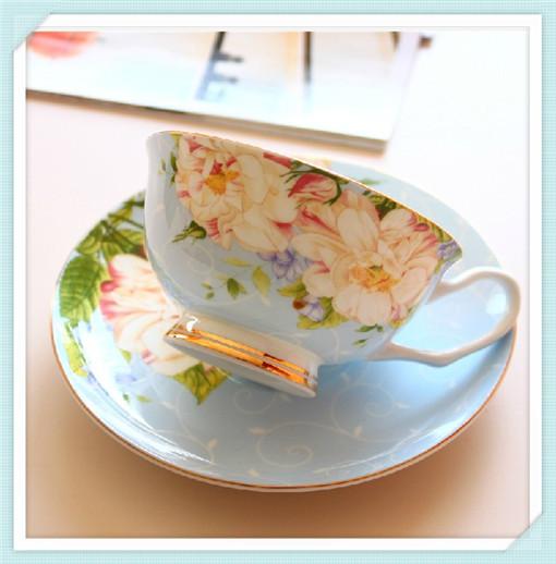 1 set = 2 pcs , 1 cup and 1 saucer, European-style coffee cup , bone china mugs free shipping!(China (Mainland))