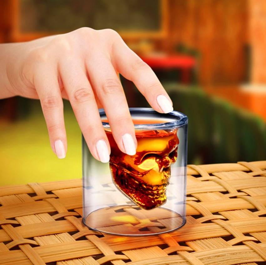 Wholesale - Crystal Skull Head Vodka Shot Glass Pirate Glasses Beer Mug 2.5 ounces new cup Free shipping(China (Mainland))