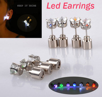 Free Shipping 1 Pair/lot Fashion Led Earrings, Women Flashing Earring Dip, Blinking Stud Earring For Lady, Heart Gift Box Pack.