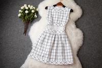 2014 New Casual Sleeveless Slim Women Dress Weave Hollow Embroidery Fashion Party Dress Elegant Catwalk Celebrity Dresses T1987